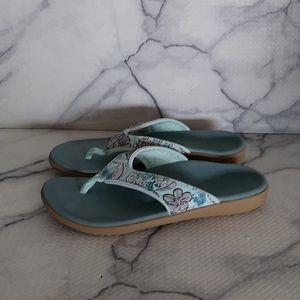 Shoes - 0521 Spenco Orthotic Yumi Tropical Thong Sandal